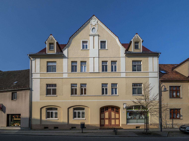 Komfortable 2-Raum- Dachgeschosswohnung im Herzen der Kurstadt