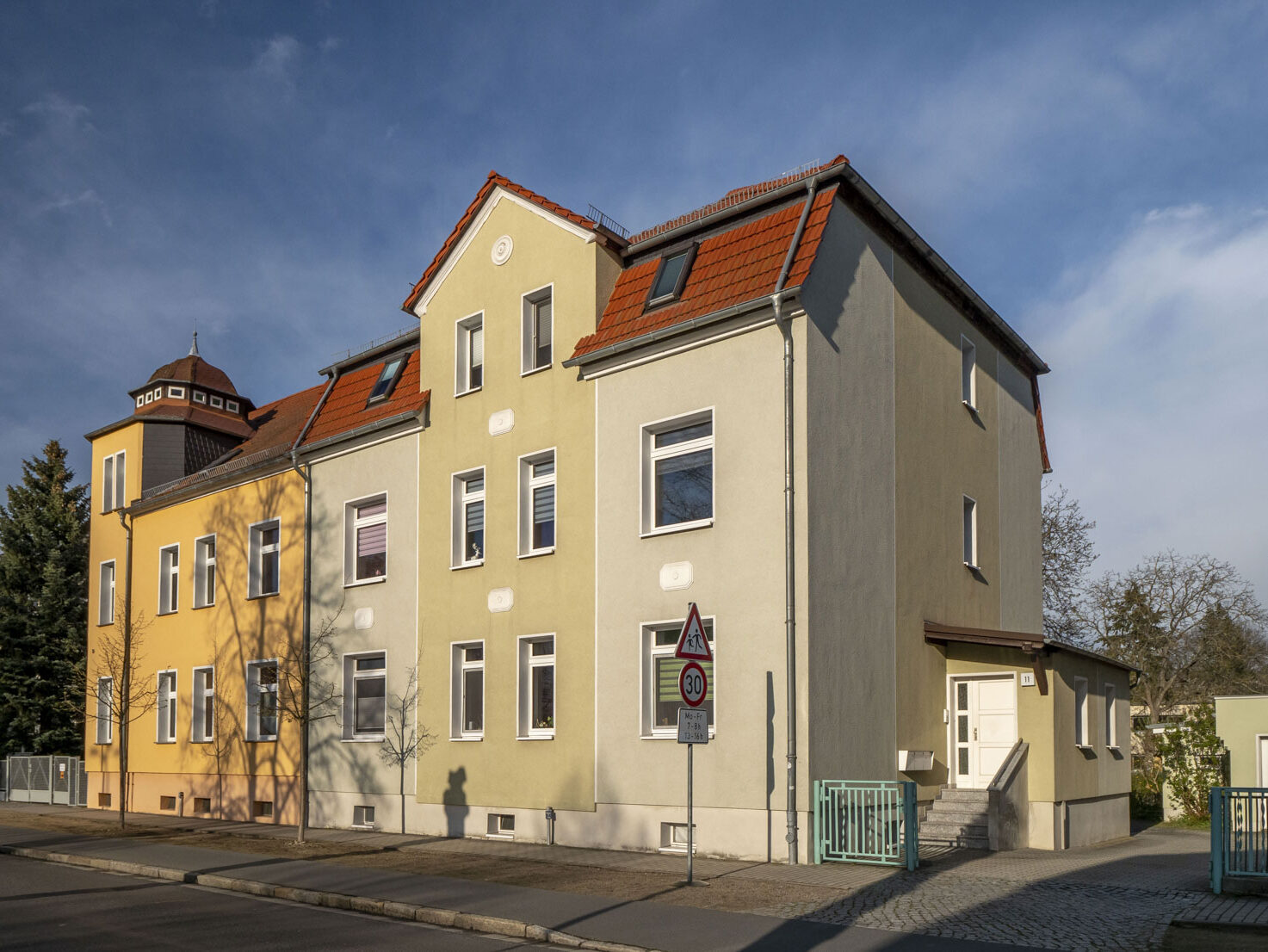 Schicke 4-Raum-Wohnung mit Gartenanteil